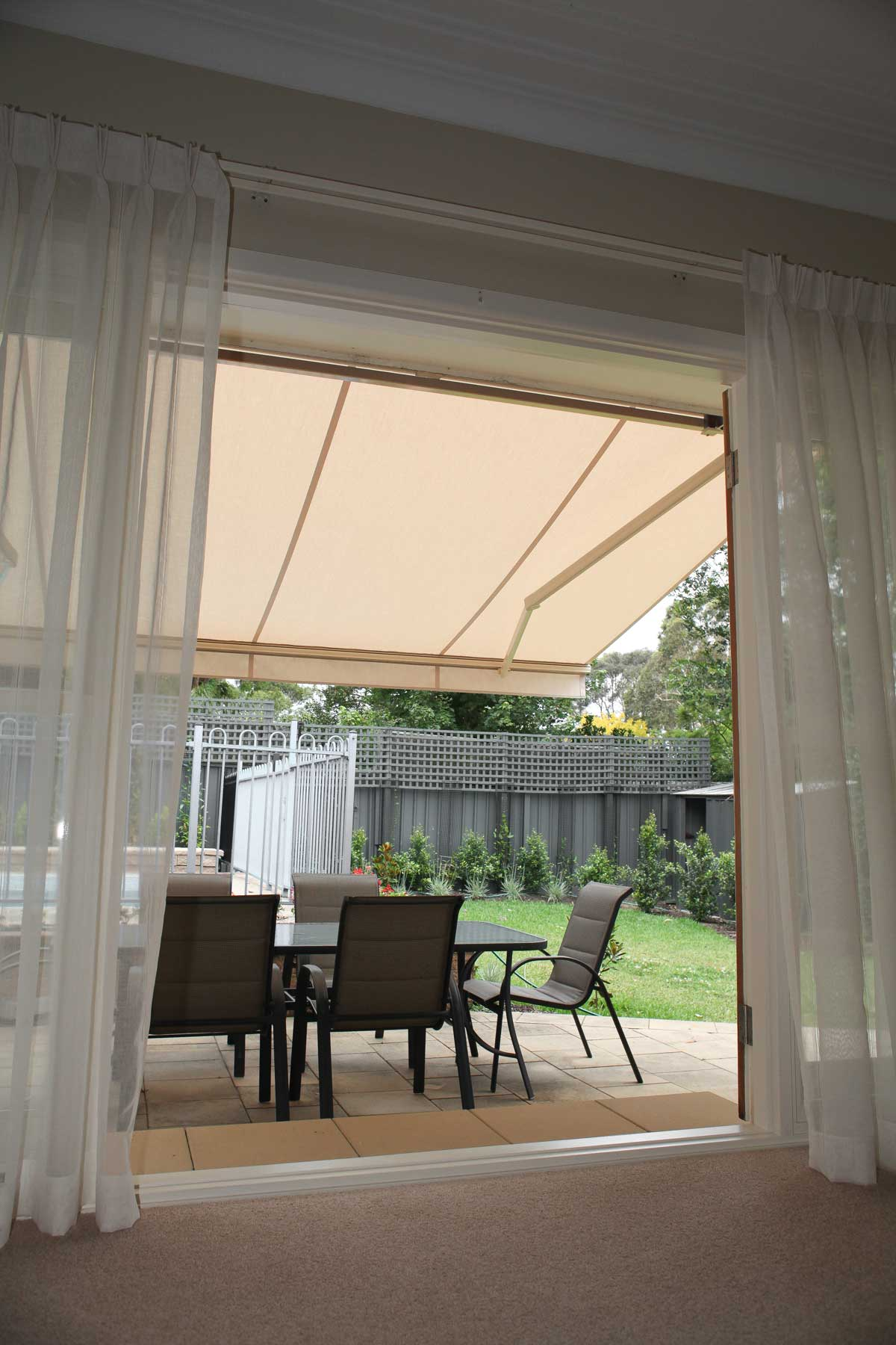 Folding Arm Retractable Awnings - Accent Blinds